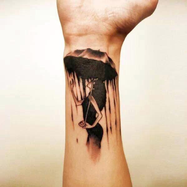 Tatuaż z parasolem