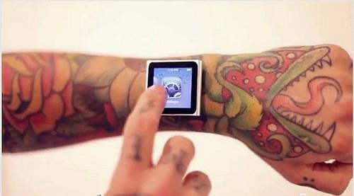 iDermal - iPod nano na nadgarstku