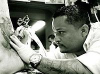 Tatuaże a praca