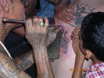 ceremonia tatuowania Sak Yant