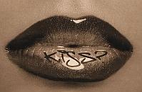 Lip tattoos, czyli tatuaże na wargach